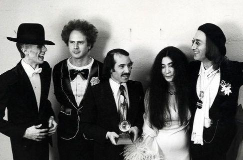 Le 1er 1975 au théâtre Uris de New York.