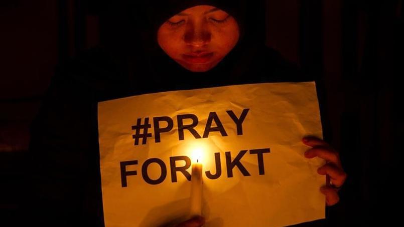 Le groupe État islamique a revendiqué l'explosion à Jakarta