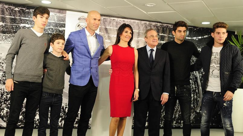 La famille Zidane au complet lors de la présentation de l'ancien meneur des Bleus en tant qu'entraîneur.