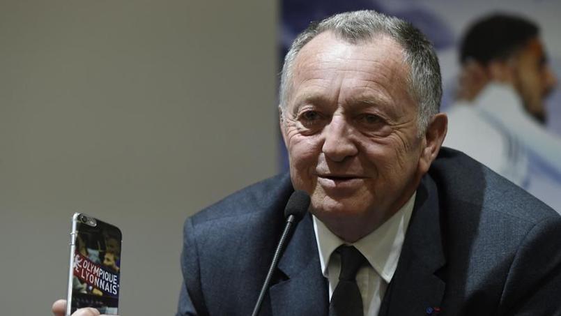 Jean-Michel Aulas, le président de l'OL, a chambré l'AS Saint-Etienne sur les réseaux sociaux avant le derby.