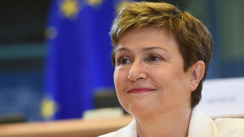 La Bulgare Kristalina Georgieva, actuellement vice-présidente de la Commission européenne présidée par Jean-Claude Juncker, se positionne comme une concurrente redoutable dans la course à la succession de Ban Ki-moon.