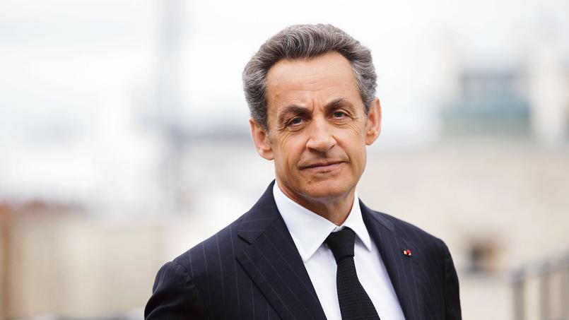 L'ancien président de la République publie  La France pour la vie, un livre dans lequel il se raconte, et qui sortira lundi.