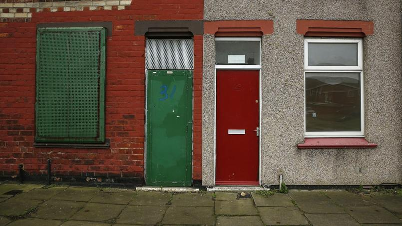 La porte rouge de la maison d'un demandeur d'asile à Middlesbrough, le 20 janvier. Crédits photo: REUTERS/Phil Noble