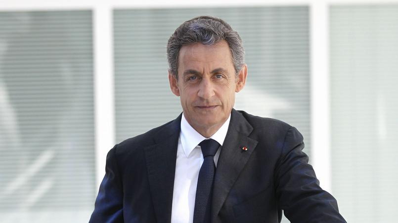 «Le problème est qu'on est jamais autant prêt à exercer le pouvoir que lorsqu'on le quitte», écrit Nicolas Sarkozy.