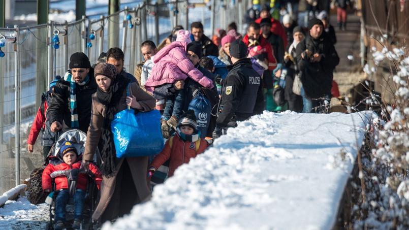 Des réfugiés à la gare de Passau, dans le sud de l'Allemagne.