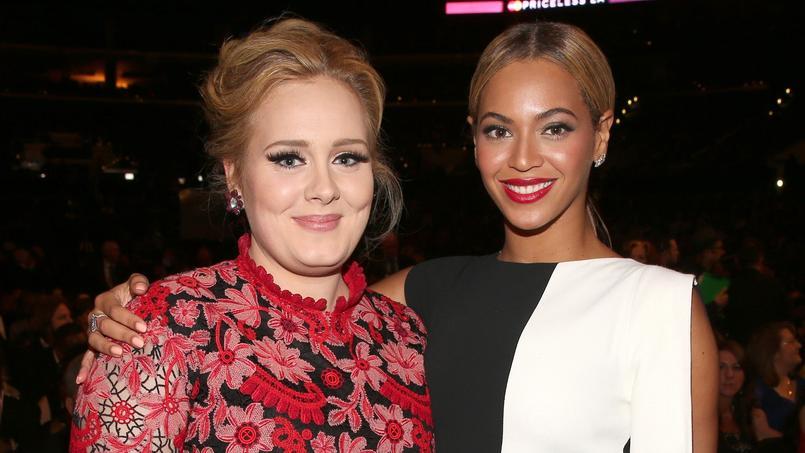 Adele et Beyoncé, réunies lors des Grammy Awards en 2013, tentent d'éviter toute concurrence entre leurs albums. Beyoncé a ainsi choisi de ne pas s'aligner sur la sortie de 25, le dernier disque d'Adele qui bat de nombreux records.