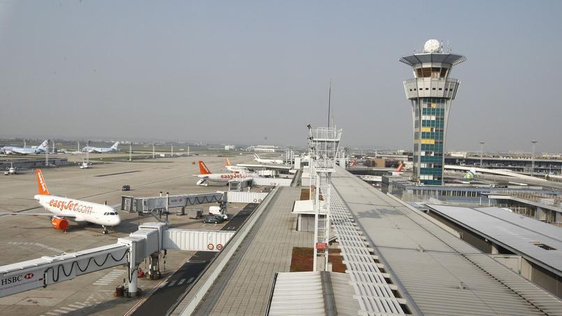 Le mouvement de grève des contrôleurs aériens provoquera des perturbations ce mardi dans les plans de vols des compagnies aériennes.