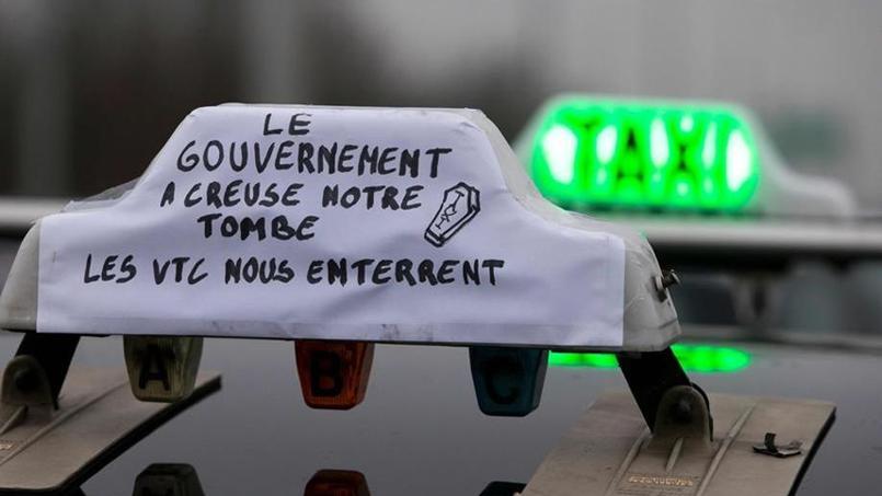 Manuel Valls a promis que les contrôles contre les chauffeurs hors-la-loi seront renforcés.