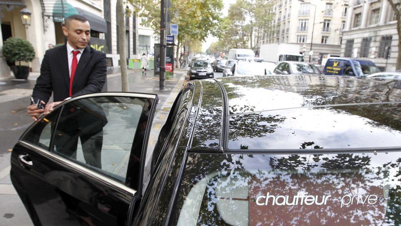Les VTC ont vu leur activité considérablement augmenter pendant la grève des taxis.  Crédits photo: Jean-Christophe Marmara / Le Figaro
