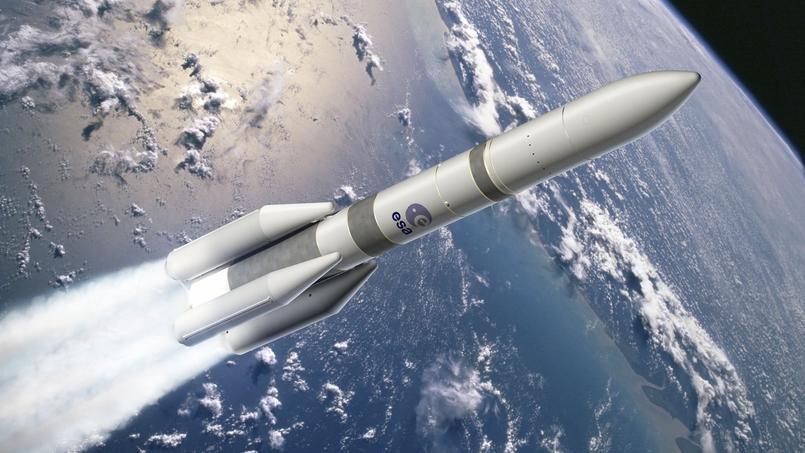 Ariane 6 dans sa configuration «64» avec quatre boosters - vue d'artiste.