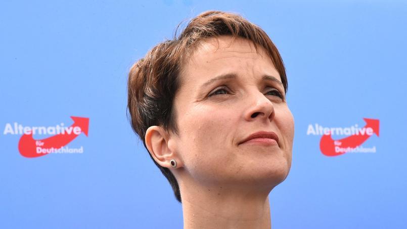 Frauke Petry, la dirigeante de l'AfD, précise que la possibilité de tirer sur les réfugiés devait rester «un dernier recours»