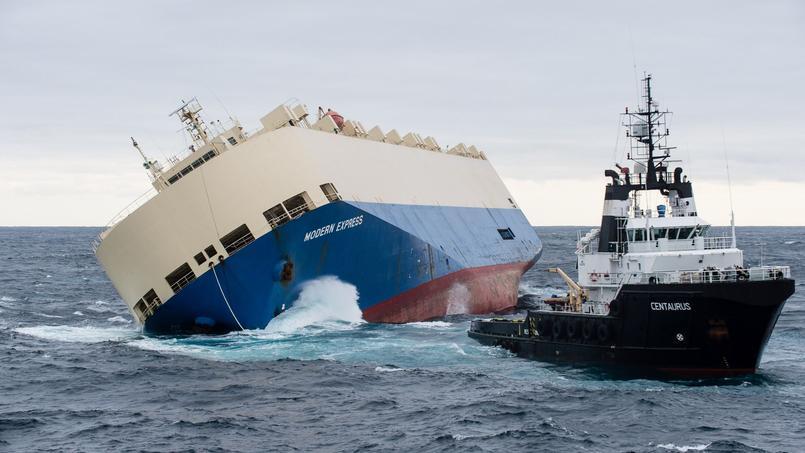Le cargo Modern express présente une très forte gîte.