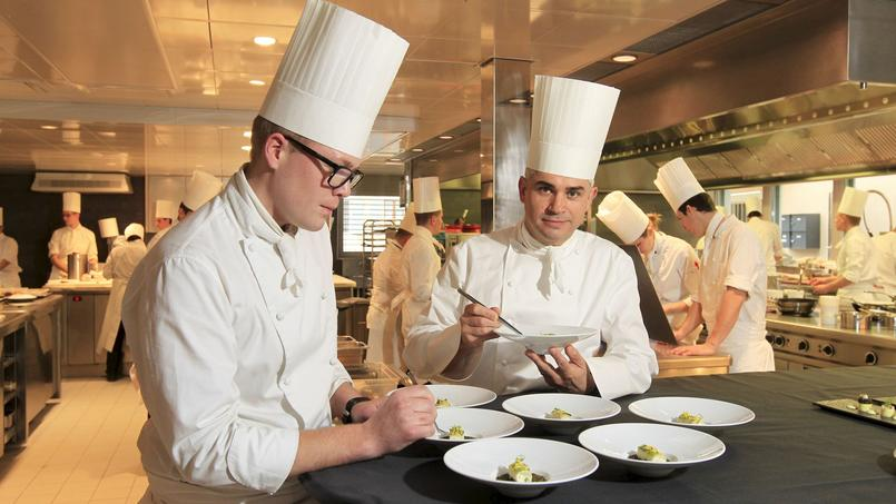Le grand chef cuisinier beno t violier retrouv mort chez lui for Cuisinier particulier