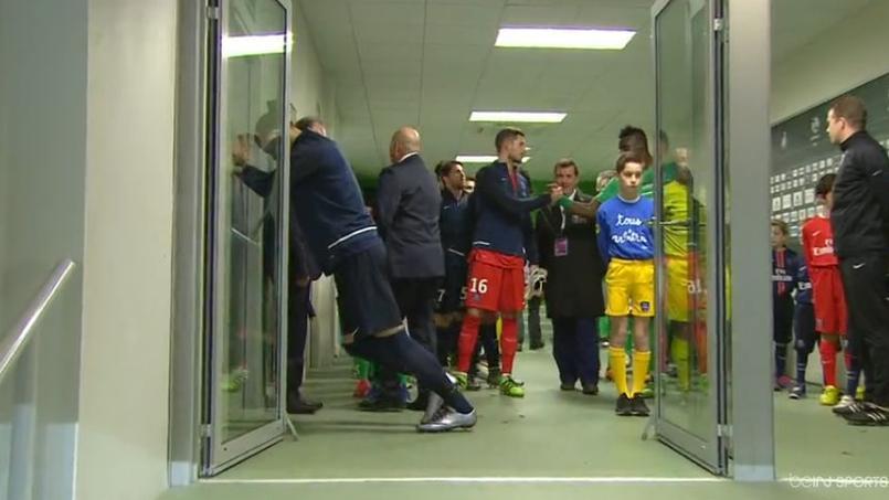 A Saint-Etienne, Ibrahimovic passe même à travers les portes