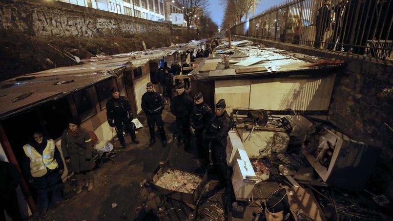 «En cas de feu, il n'y a pas de possibilité de sortie rapide», expliquait l'adjoint au maire du XVIIIe arrondissement, chargé des Affaires sociales, Gérard Briant.
