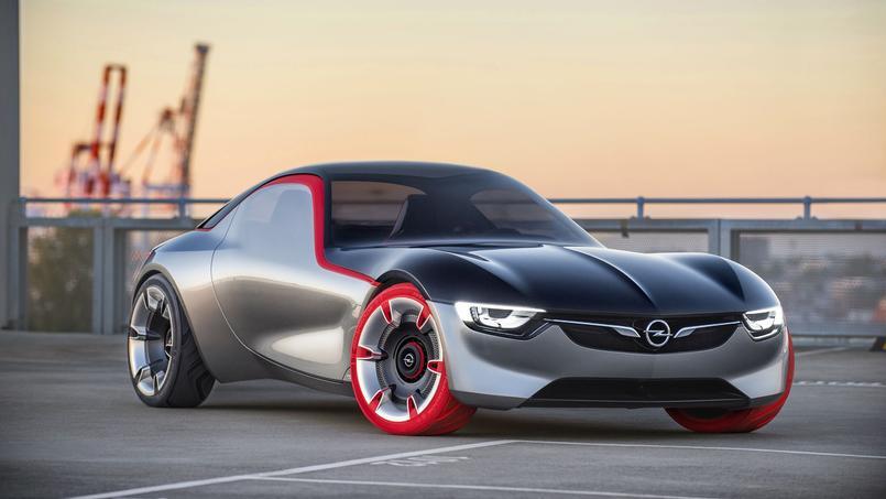 Ce n'est encore qu'un concept mais la GT devrait donner naissance à une petite sportive.