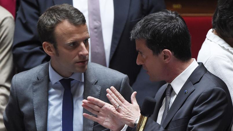 Emmanuel Macron et Manuel Valls à l'Assemblée nationale, le 9 juin 2015.