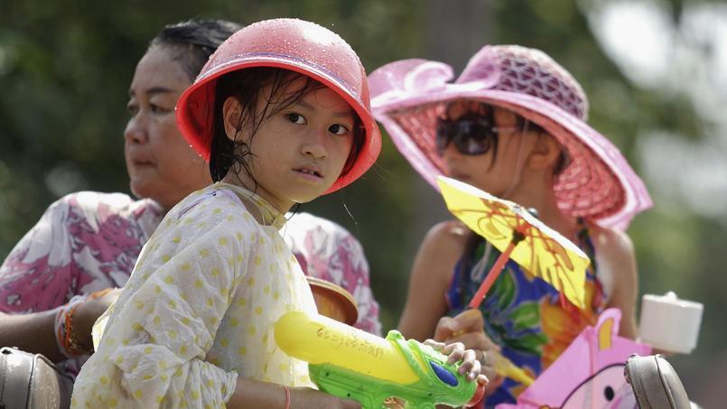 Un «slow-traveller» essaie de prendre part à la vie sociale, notamment grâce aux rencontres avec les habitants. (Laos / Stringer / Reuters)