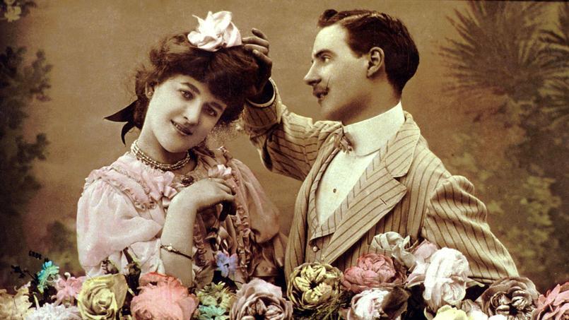 Couple d'amoureux vers 1910 (carte postale)