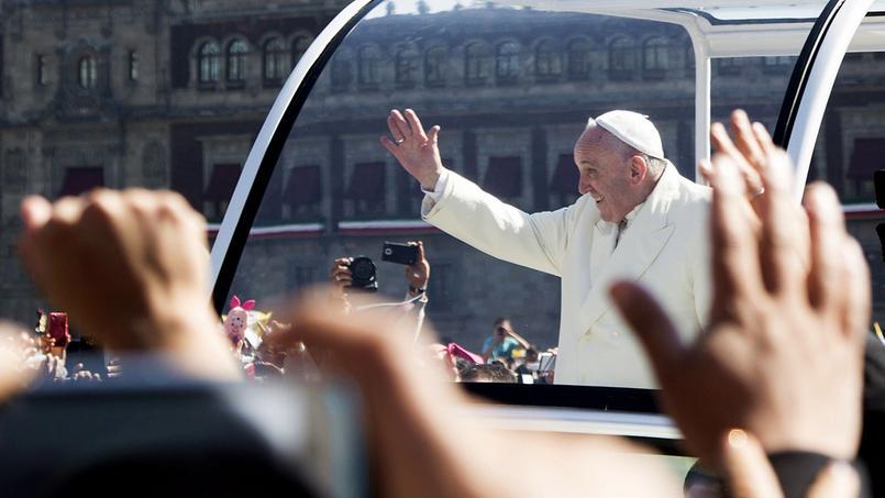 Le pape François, au premier jour de sa visite apostolique au Mexique, a lancé samedi un appel à la lutte contre la corruption et les trafics de drogue.