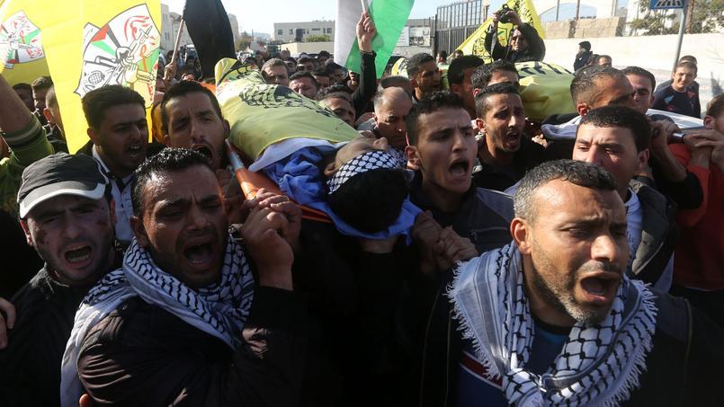 Les funérailles de Nihad et Fouad Waked, 15 ans, dimanche à Arak en Cisjordanie.