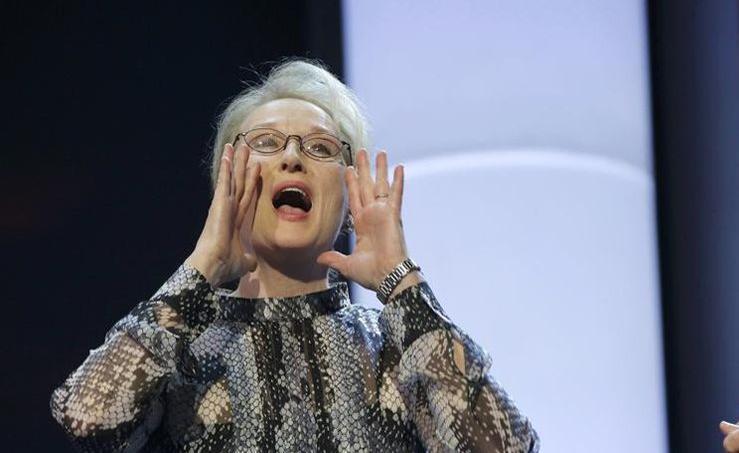 En pleine polémique sur les «Oscars trop blancs», l'actrice américaine Meryl Streep, présidente du jury de la Berlinale, a jugé dimanche qu'il faudrait des cadres de l'industrie cinématographique un peu moins blancs et masculins pour ouvrir Hollywood à plus de diversité.