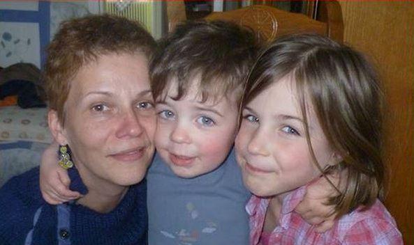 De droite à gauche: Yumi, 7 ans, Liam, 3 ans et leur mère Sophie Zizzutto. Photo postée sur le compte Facebook de Vincent Zizzutto.