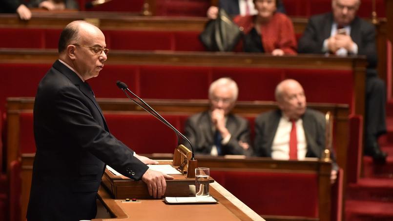 Le ministre de l'Intérieur Bernard Cazeuve, mardi 16 février à l'Assemblée nationale.