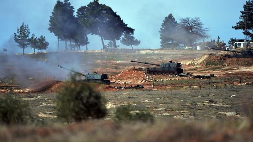 Des tanks turcs, stationnés à Kilis, près de la frontière syrienne, le 16 février 2016.