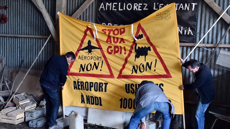 L'opposition à l'aéroport de Notre-Dame-des-Landes est presque aussi ancienne que le projet, lancé dans les années 1960.