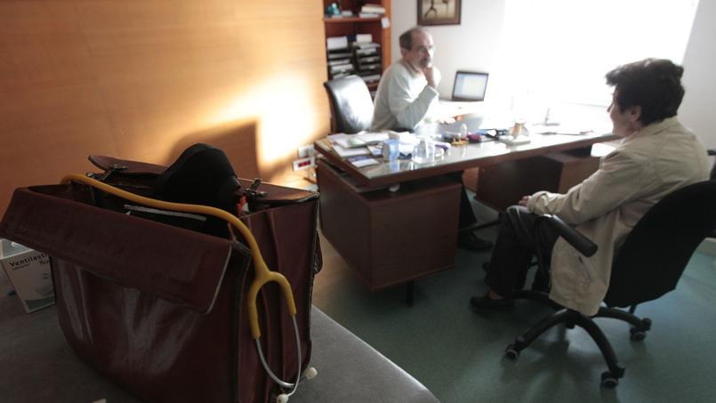 «Une consultation chez un médecin généraliste doit être payée à sa juste valeur, en fonction de son contenu, de sa durée et de sa complexité», insiste Luc Duquesnel, président de l'Unof-CSMF. (Crédit: Le Figaro)