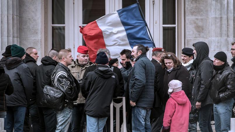 Des personnes venues soutenir Christian Piquemal, lors de sa comparution immédiate au tribunal de Boulogne-sur-Mer