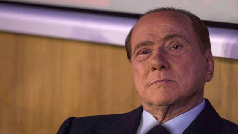 Silvio Berlusconi a tenu des propos racistes à l'encontre de Mario Balotelli.