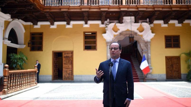 François Hollande à Lima (Pérou), mardi.
