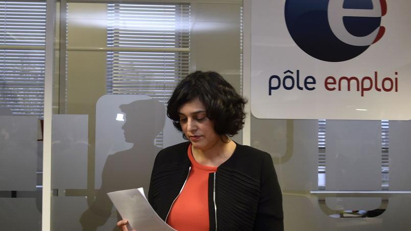 Myriam Ek Khomri, la ministre du Travail, ici à l'agence Pôle emploi de Saint-Ouen, s'est tout de même félicitée des chiffres de janvier.