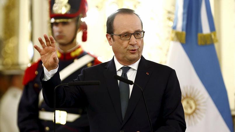 Les journalistes, qui suivent François Hollande depuis Papeete, n'ont pas été autorisés à poser la moindre question sur la sortie de Martine Aubry.