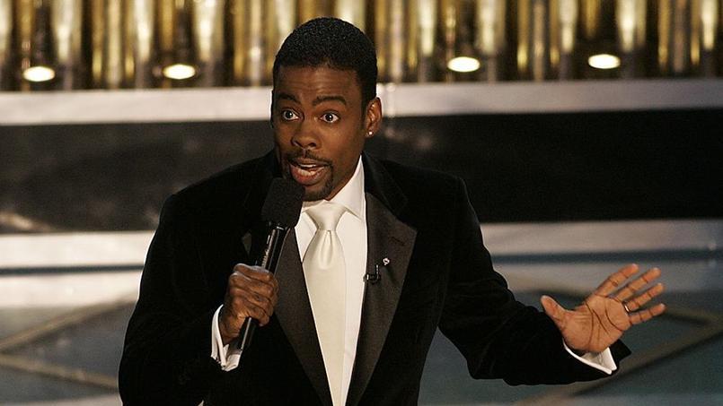 Le comédien et humoriste Chris Rock a abordé avec ironie le sujet épineux du manque de diversité dès ses premiers mots.