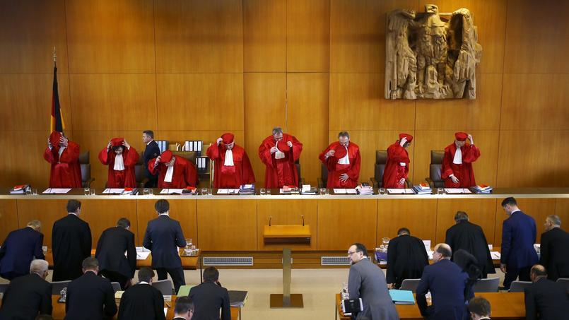 Les juges de la Cour constitutionelle de Karlsruhe, le 1er mars 2016.