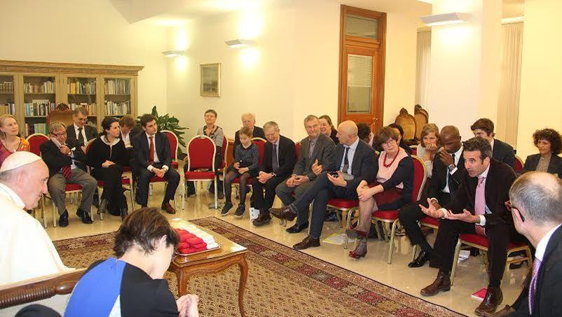 Une délégation de personnalités, parmi lesquelles Dominiques Potier et Bruno-Nestor Azérot, députés de gauche, a rencontré le Pape mardi.