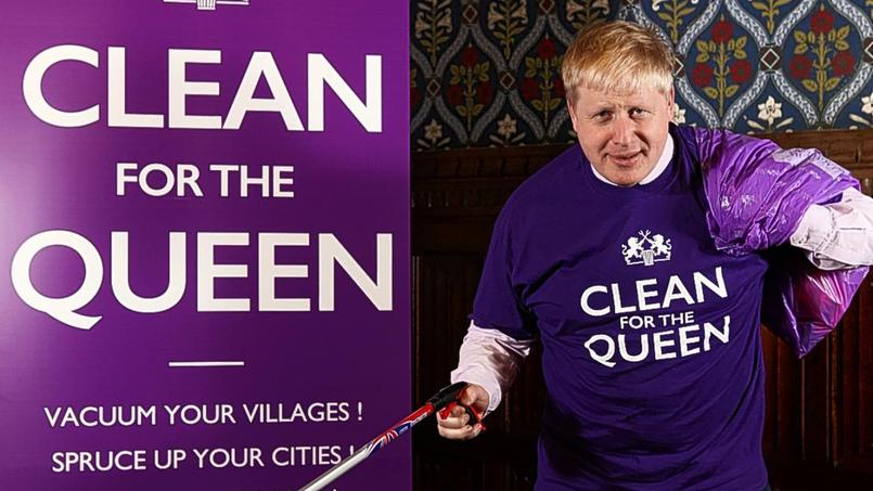 Le maire de Londres, Boris Johnson, a prévu de distribuer ce week-end une centaine de kits de ramassage .