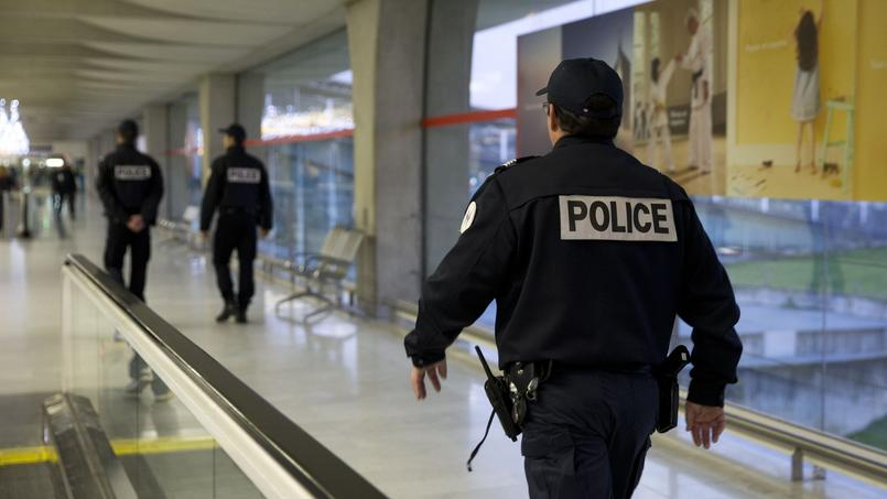 Avec 8 journées d'absence par an, les policiers sont plus absents que les enseignants.