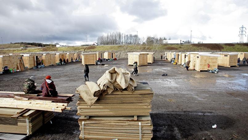 Le nouveau camp de Grande-Synthe, construit et financé par MSF et la municipalité.