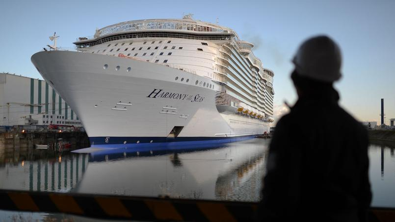 Le paquebot de croisière géant «Harmony of the seas» en cours de construction à Saint-Nazaire.