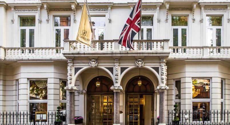 Superstitieux, les Parisiens retournent dans le même hôtel à Chelsea