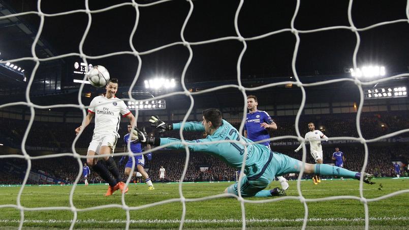 Le but d'Ibrahimovic qui met Chelsea KO et délivre le PSG