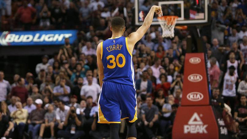 NBA: un nouveau panier exceptionnel de Stephen Curry