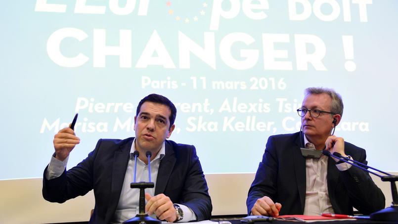 Alexis Tsipras et Pierre Laurent ont donné une conférence de presse commune vendredi soir.