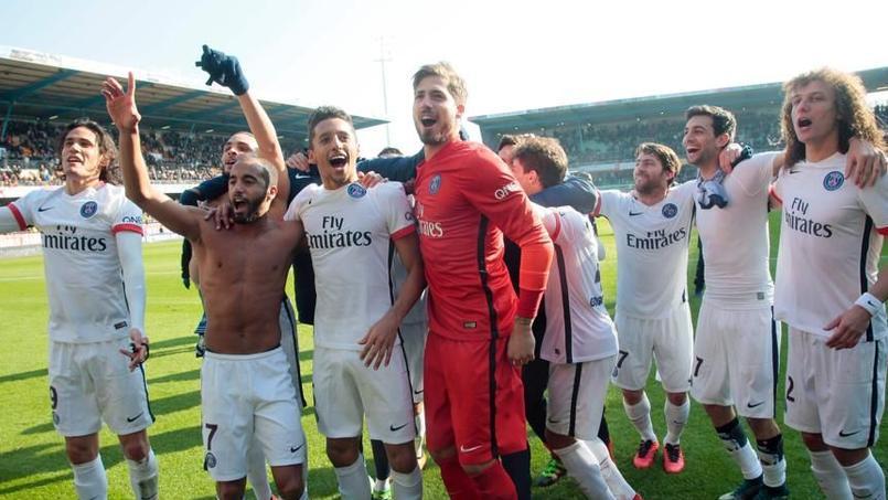 «Champions mon frère !» : le chant de joie du PSG après le titre