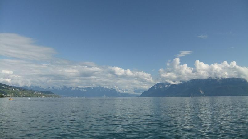 Le lac Léman (Photo sous licence Creative Commons de HannekeV)