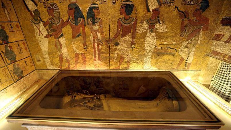 La découverte en 1922 du tombeau de Toutankhamon et de ses formidables richesses par l'expédition menée par l'archéologue britannique Howard Carter eut un retentissement phénoménal.